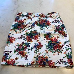 NWT Laundry white floral print hi-waist skirt. 6